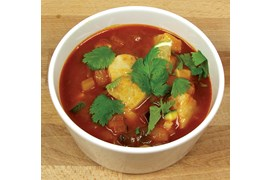 Spicy tomatisert fiskesuppe